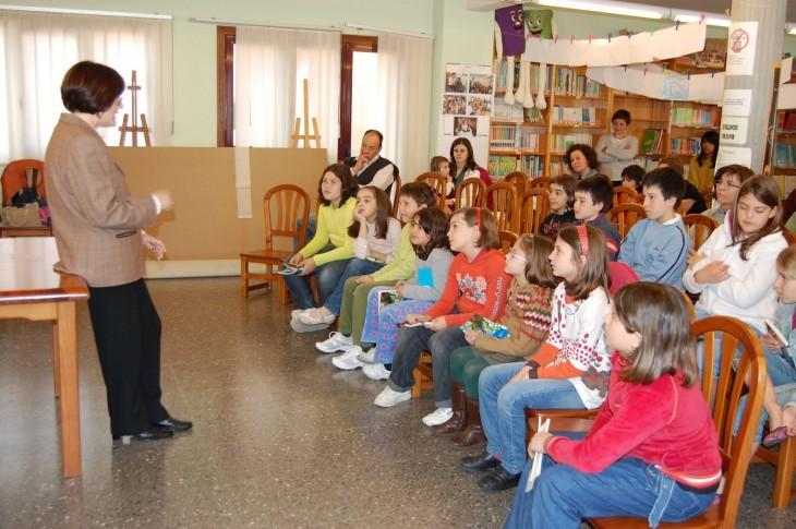 Sesión de marzo do club de lectura Lendo Contigo