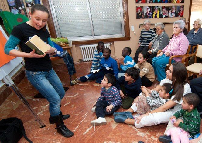 Espazo Lectura no Centro de Día Atalaia