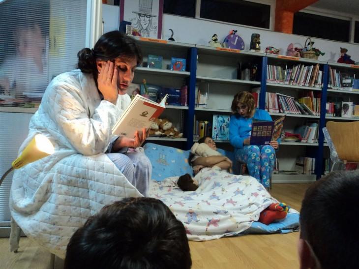 A Casa da Lectura recibe a visita do Apalpador para despedir o ano