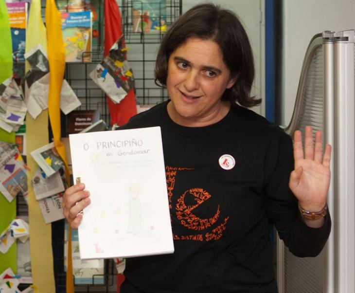 Concha Costas participa nas xornadas Xogando coa lingua do IES de Chapela para presentar as activdades para público infantil de Espazo Lectura