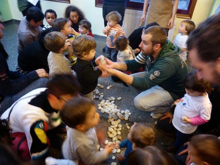 Espazo Lectura presenta o proxecto de Contos en Cueiros na Coruña e en Vimianzo