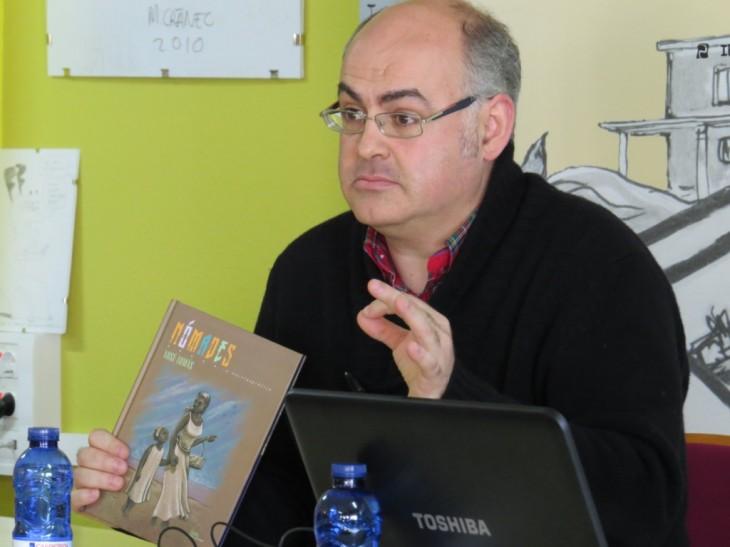 """O autor e ilustrador Xosé Tomás estará no Lecturas Debuxadas para falar da súa obra """"Nómades"""""""