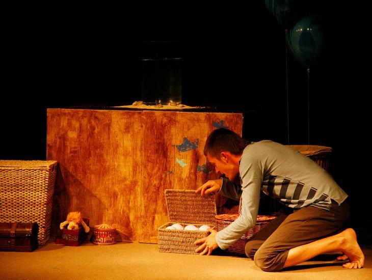 "A obra de teatro ""Glub-glub"" (para nenos e nenas a partir de 6 meses), o domingo en Gondomar"