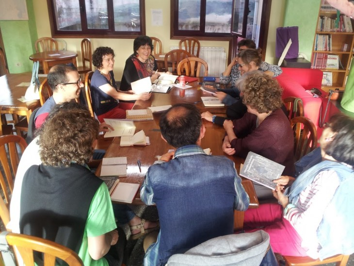 O escritor Álex Alonso paticipará na xuntanza mensual do club de lectura Sete Vidas