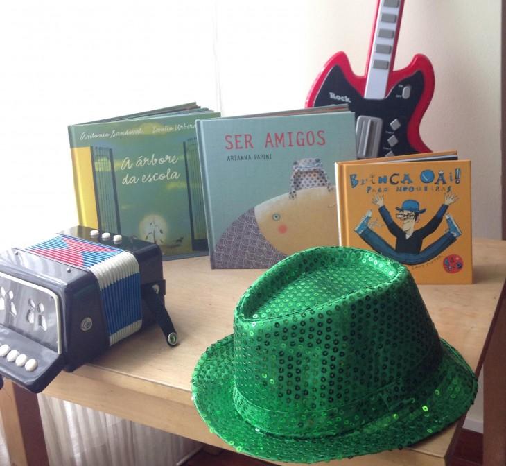Sombreiro, acordeón, guitarra, contos… este mércores na Casa da Lectura