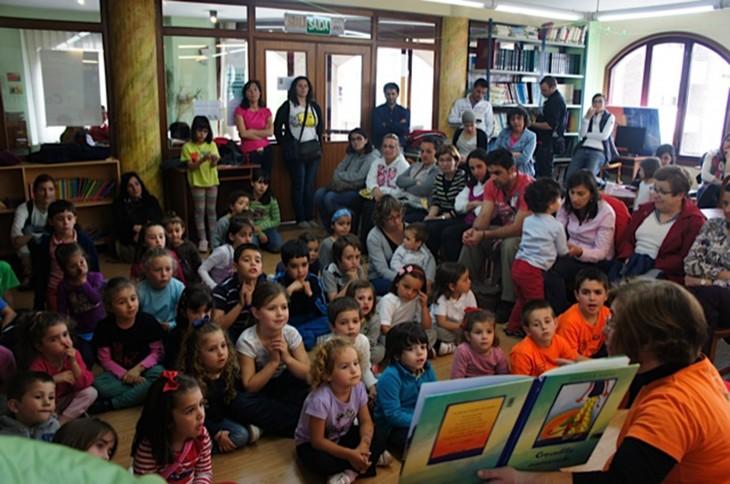 Espazo Lectura suspende definitivamente todas as actividades na Biblioteca Municipal e renuncia á reserva de crédito do Concello de Gondomar