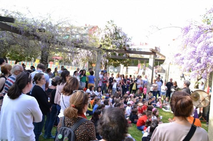 Espazo Lectura celebrou o Día do Libro cun Contomar reivindicativo polas rúas de Gondomar