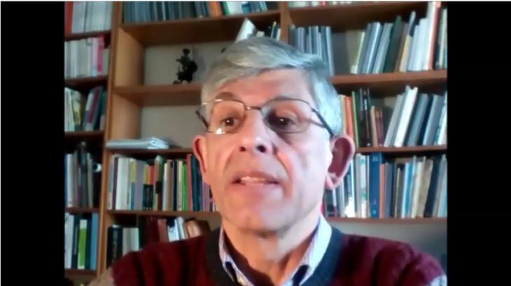 O escritor Antón Cortizas apoia a campaña «Por unha biblioteca digna» para Gondomar
