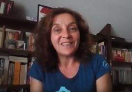 A escritora Raquel Castro apoia a campaña «Por unha biblioteca digna» para Gondomar