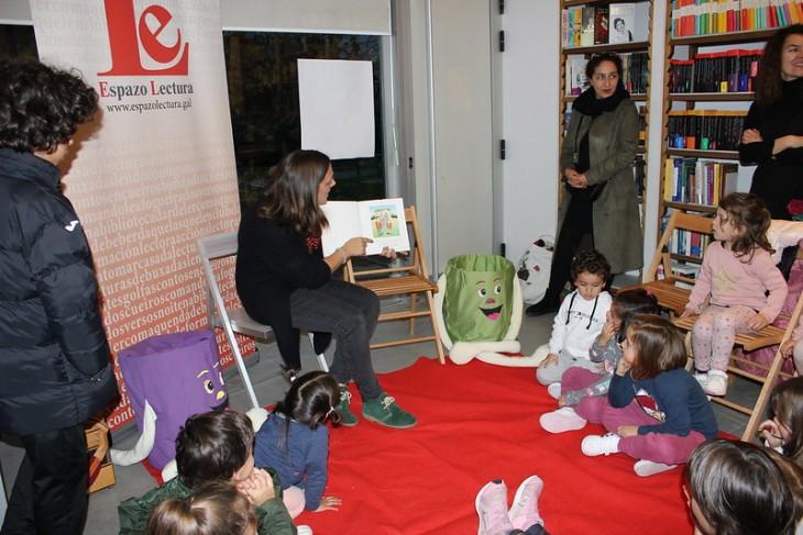 O luns, 16 de decembro, nova sesión do Contomar na librería Libraida
